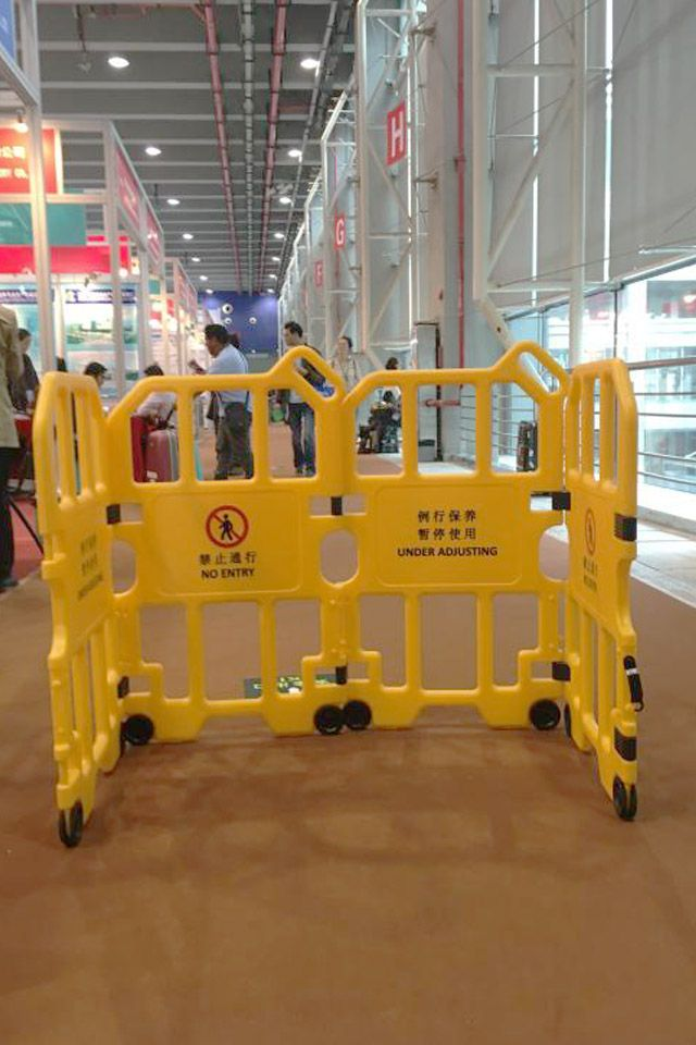 PE four in one safety barrier